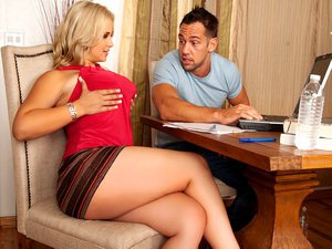 Sarah Vandella - My Wife's Hot Friend