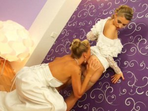 Slime for two bridal blondes