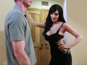 Diana Prince - Seduced by a Cougar