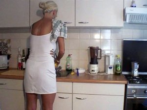 Melizza More gives head to her hubby