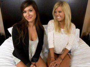 Two college girls do threesome on video together