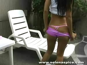 Selena Spice showcases her magnificent ass