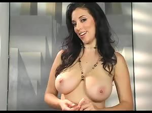 Natural beauty Jelena Jensen telling a joke naked