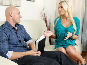 Riley Evans - My Dads Hot Girlfriend