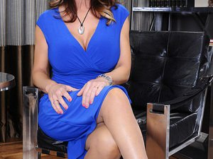 Deauxma - Seduced By A Cougar