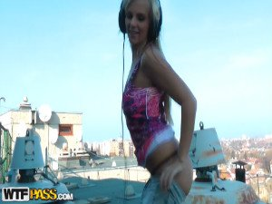 Live sex footage with blonde dj girl