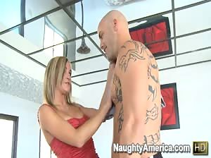 Mckenzee Miles loves to fuck and it shows!
