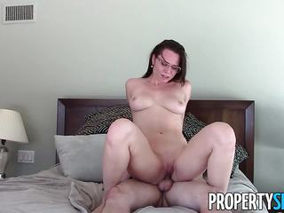 PropertySex Real Estate Agent Has Wild Sex With Client