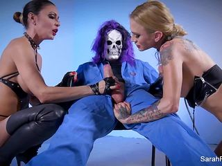 Skullman fucks Sarah Jessie and Jessica Jaymes