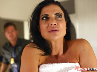 Policeman stick his meat gun into the pussy of Jasmine Jae