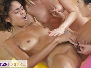 Fitness Rooms Gym milf and students have wet 3some