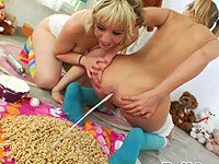 Chastity Lynne shits milk onto Proxy Paige`s cereal